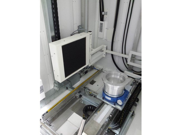 Sample Manipulator & Vertical DR Arm in x-ray inspection cabinet